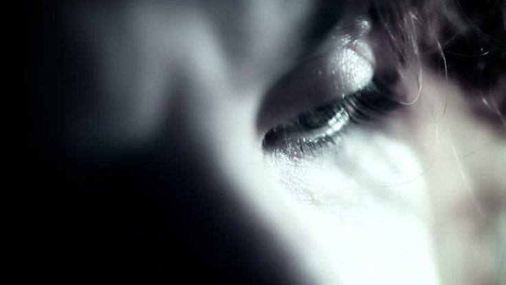 Sad Woman_02